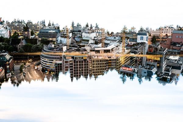 Oslo reflection
